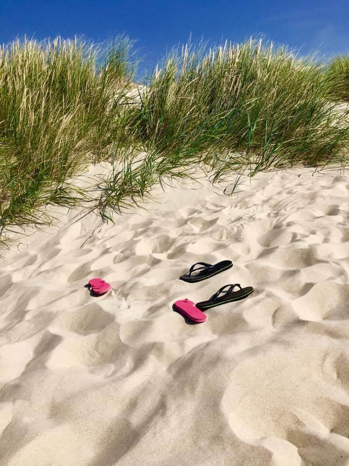 Slippers in de duinen van Terschelling