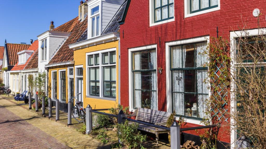 Authentieke huisjes in de binnenstad van Harlingen