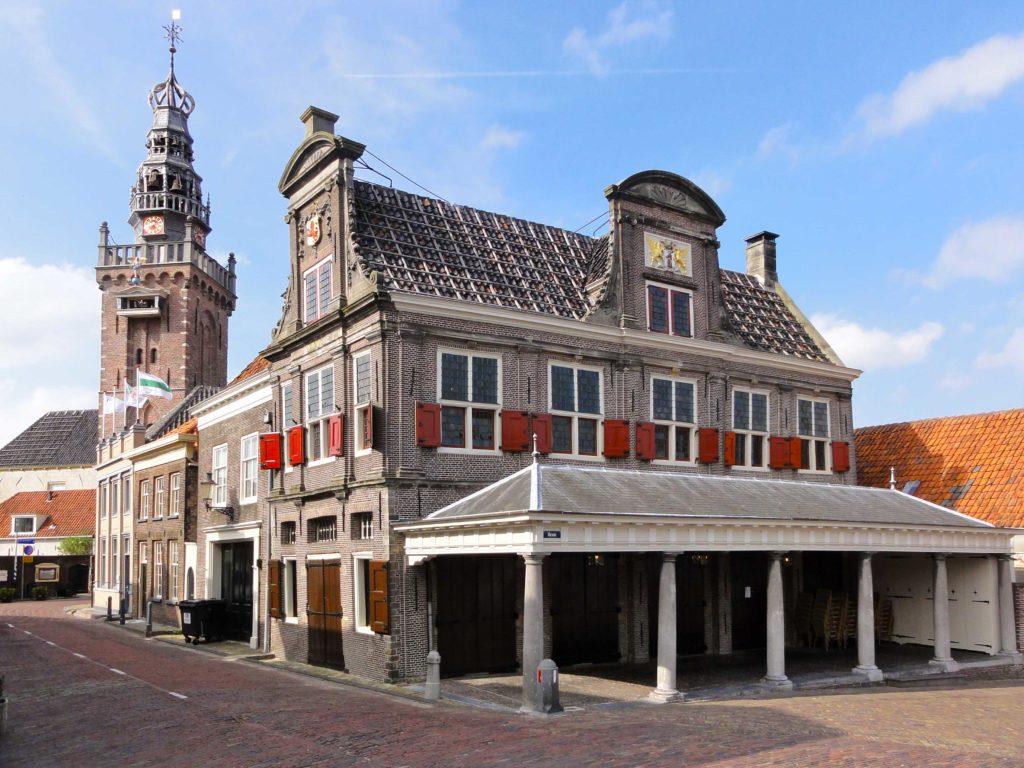 De Waegh en de Speeltoren in centrum Monnickendam